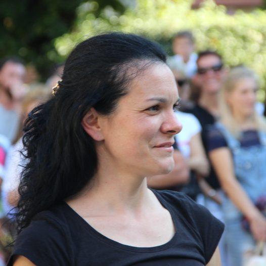 maestra Elena